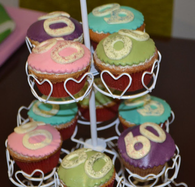 sugardreamsgandia cupcakes 60 colores divertidos purpurina comestible buttercream vainilla