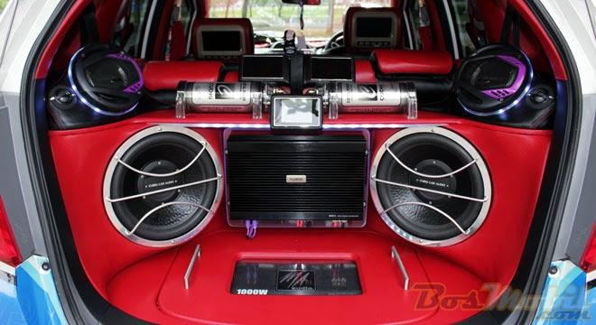 modifikasi mobil speaker audio mobil dan daya power amplifier yang dibutuhkan. Black Bedroom Furniture Sets. Home Design Ideas