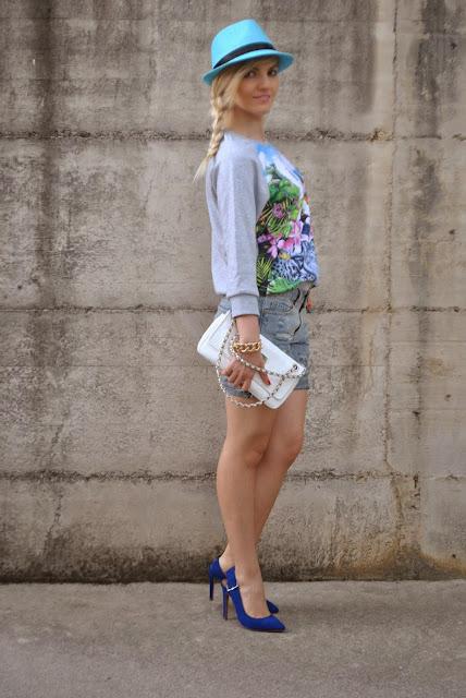 outfit sporty outfit felpa come abbinare la felpa outfit shorts e felpa mariafelicia magno fashion blogger colorblock by felym blog di moda blogger di moda milano fashion blog italiani outfit primaverili outfit maggio 2015 outfit casual primaverili donna casual outfit spring outfit spring casual outfit fashion bloggers italy blondie girl blondie