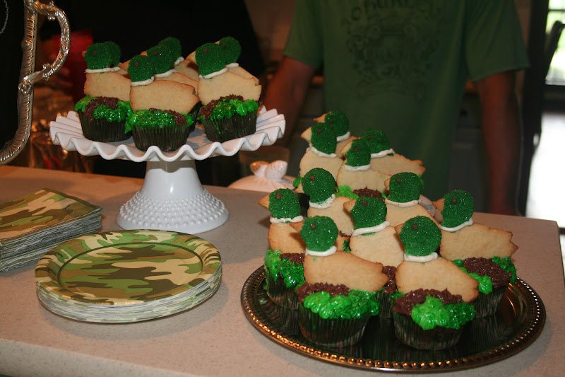 The Fly House Birthday Cupcakes Duck Hunter Cupcakes and a