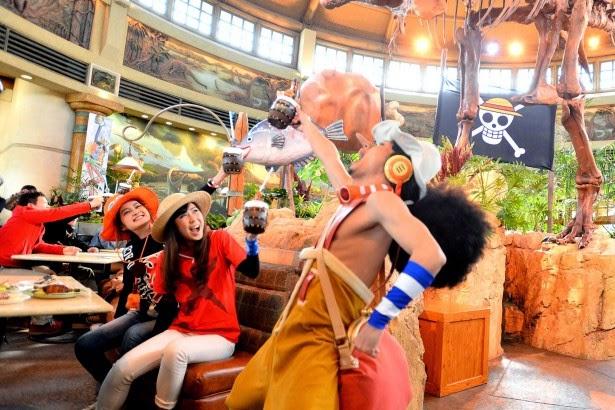 Universal Studio Jepang mengadakan One Piece Premiere Show 2014