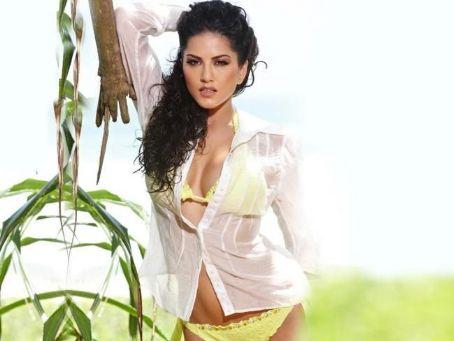 koleksi foto hot Sunny Leone