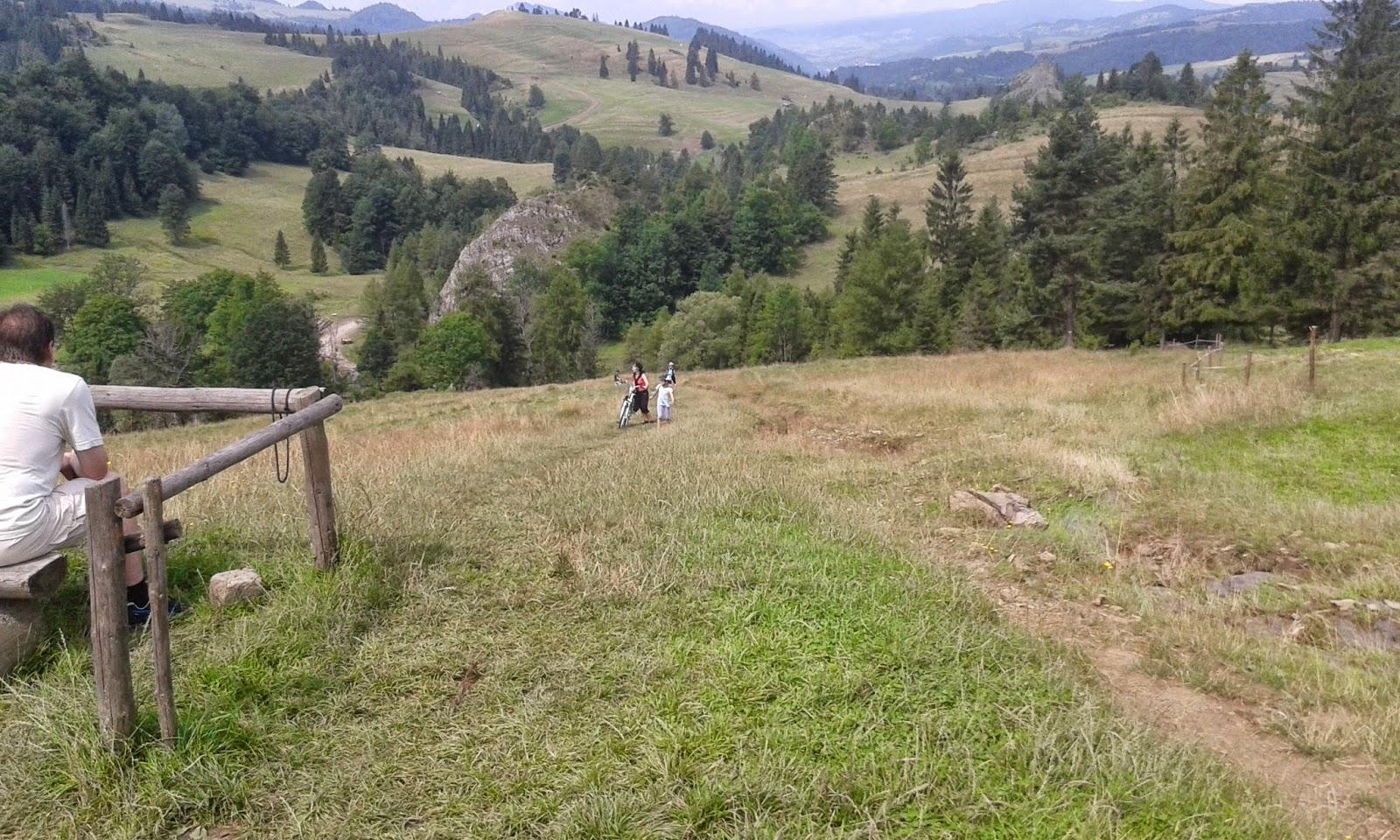 Przełęcz Rozdziela- podejście z rowerami
