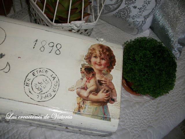 Las creaciones de Victoria. Vintage. Decoupage. Caja de vino reciclada