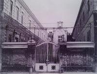 Puerta del Manicomio Santa Isabel. Leganes. Abuelohara
