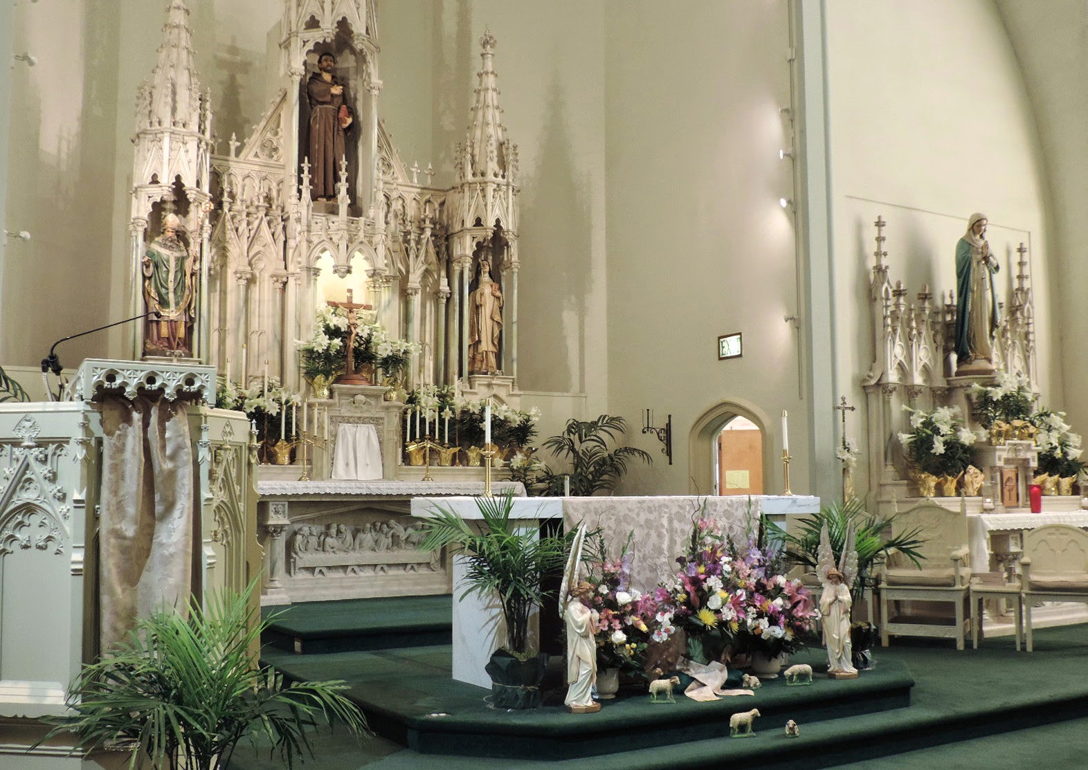 Father Julian's Blog: Easter decorations and celebrations