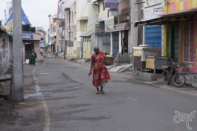 Indian woman in Thiruvannamalai