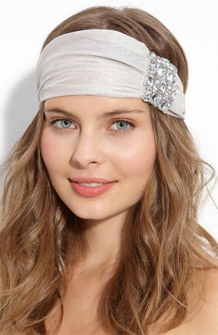 Accesorios de moda para el pelo. Diademas