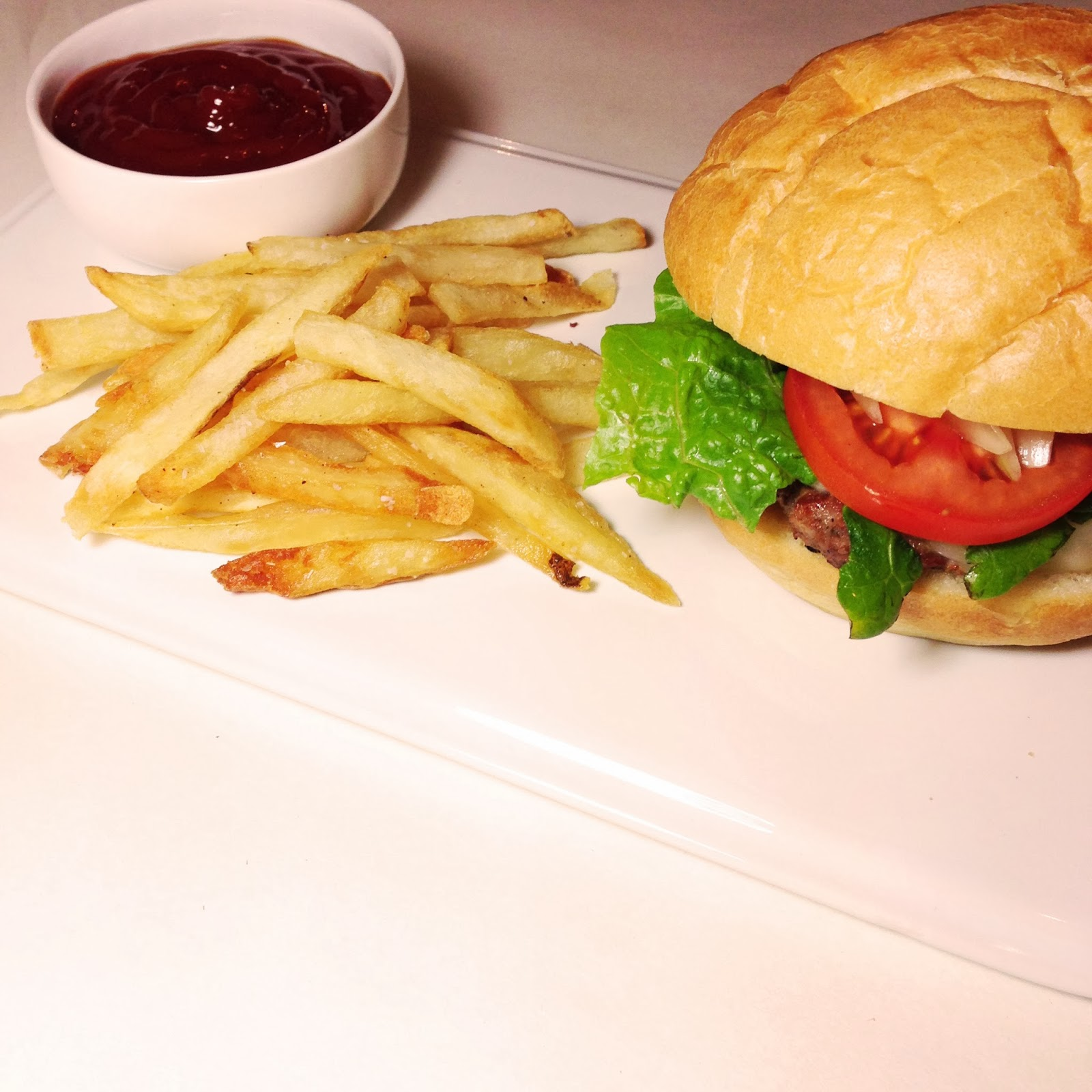The Perfect Hamburger    Tastessogoodblog.blogspot.com