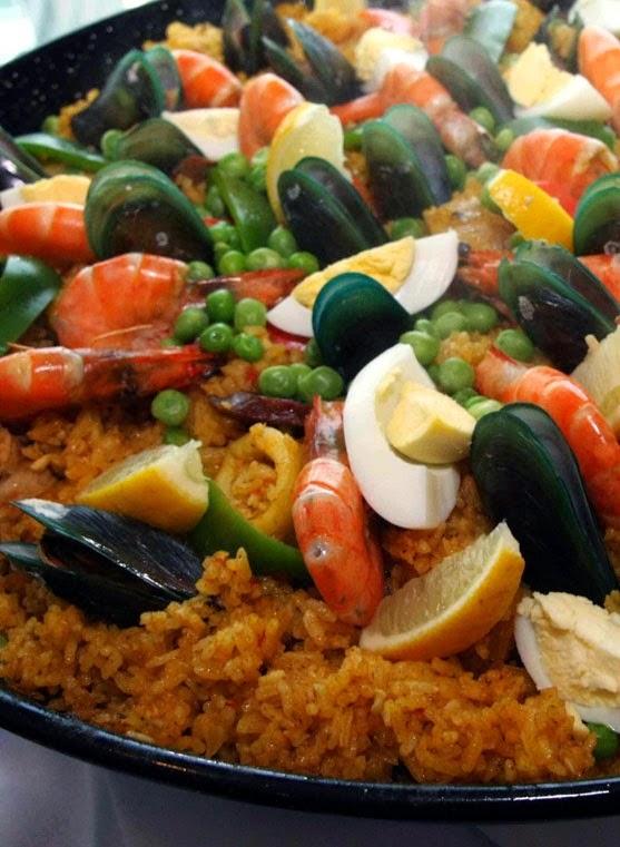 Paella Valenciana #CateringbyClaudia