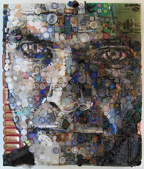 09-Self-Zac-Freeman-Recycles-Portrait-Sculptures-www-designstack-co