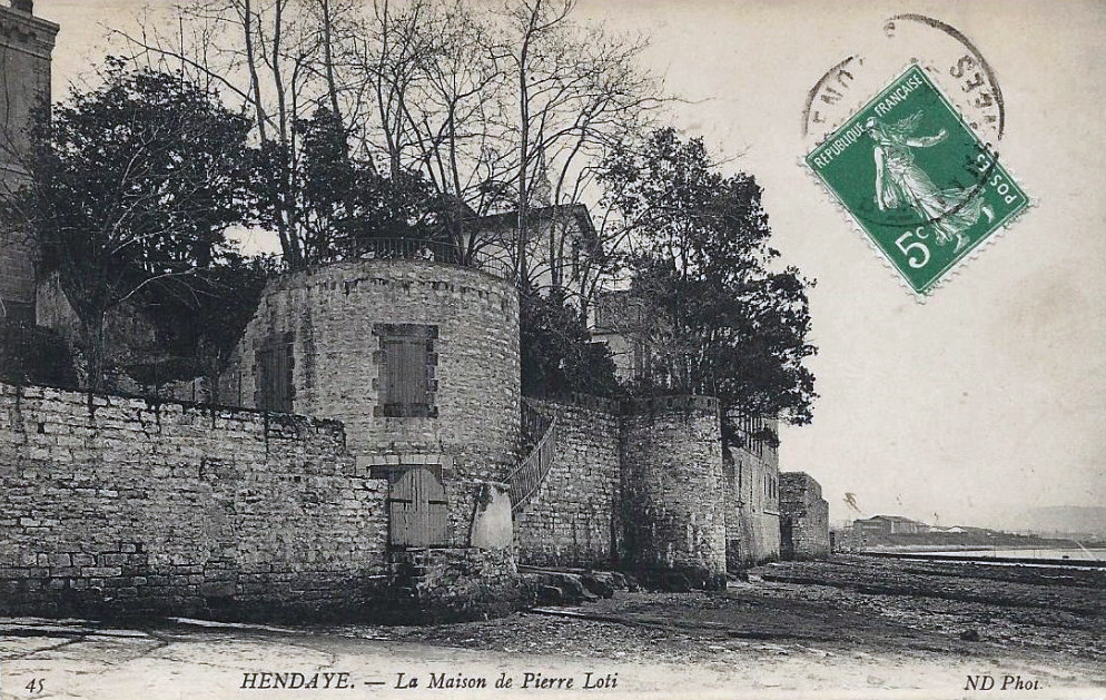 Bakhar etchea maison de pierre loti hendaye for Alexandre jardin nu