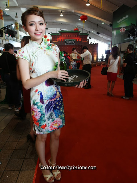 Ili Ji Pai Mei 雞排妹 look alike at Carlsberg Malaysia CNY launch