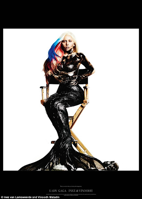 Lady Gaga on Visionaire Magazine Larger Than Life Lady Gaga Tampil Bugil Topless Berlumuran Oli