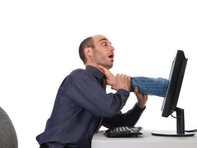 http://1.bp.blogspot.com/-OBlNDxgTBKw/T34sFoq2l-I/AAAAAAAAAEs/D6RR57TQJuc/s1600/computer-infected-virus-1.jpg