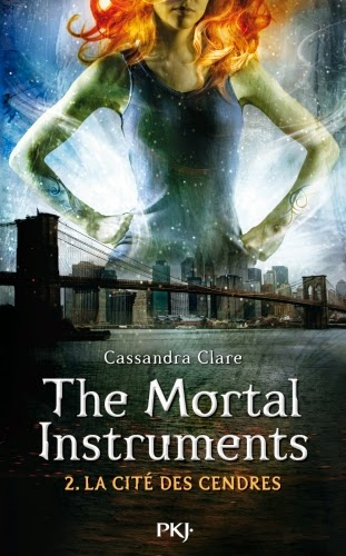 http://lemondedesapotille.blogspot.fr/2014/07/the-mortal-instruments-tome-2-la-cite.html