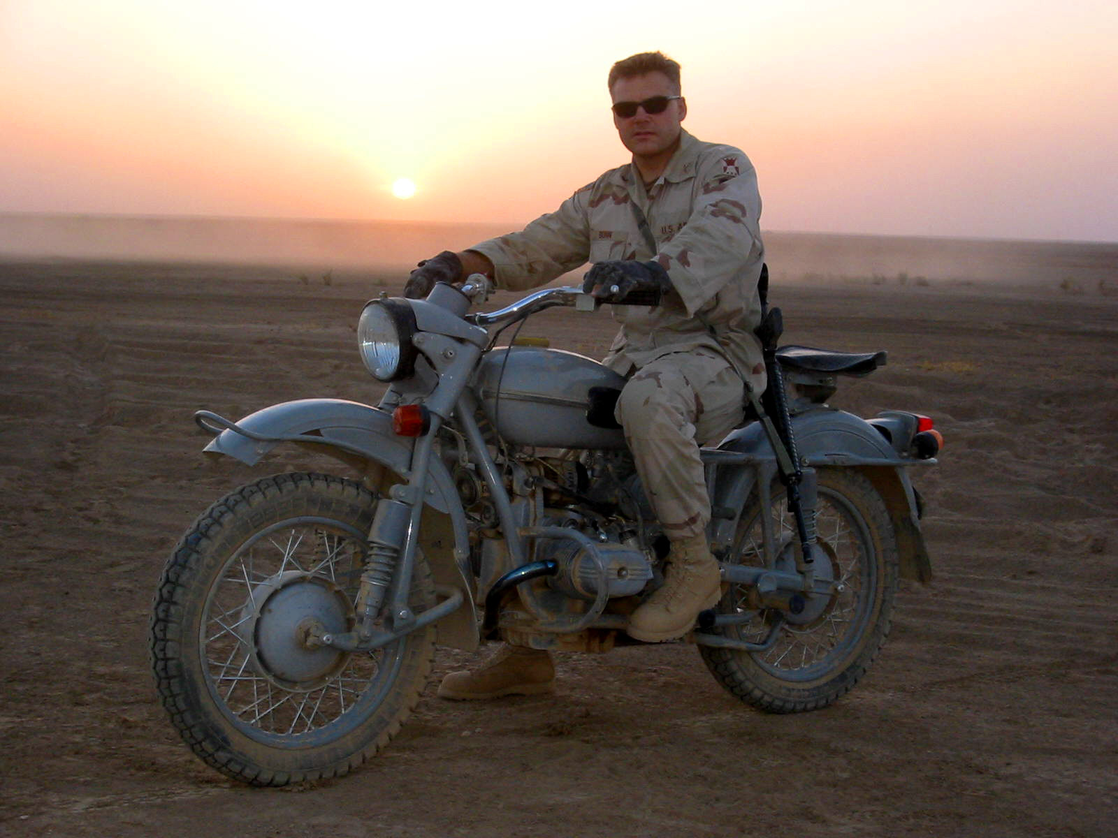 US Military Photos and Videos: - Page 3 1LT+Bunn,+Iraq+-+Russian+Ural+-+1980%27s+vintage,+without+sidecar