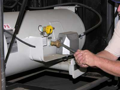 The RV Doctor: What the Pro's Do - Propane System