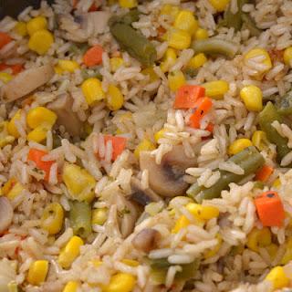 Рис с замороженными овощами в мультиварке.