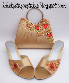 Sepaket Tas Pesta dan Sepatu Warna Gold dan Merah Siap Buat Acara