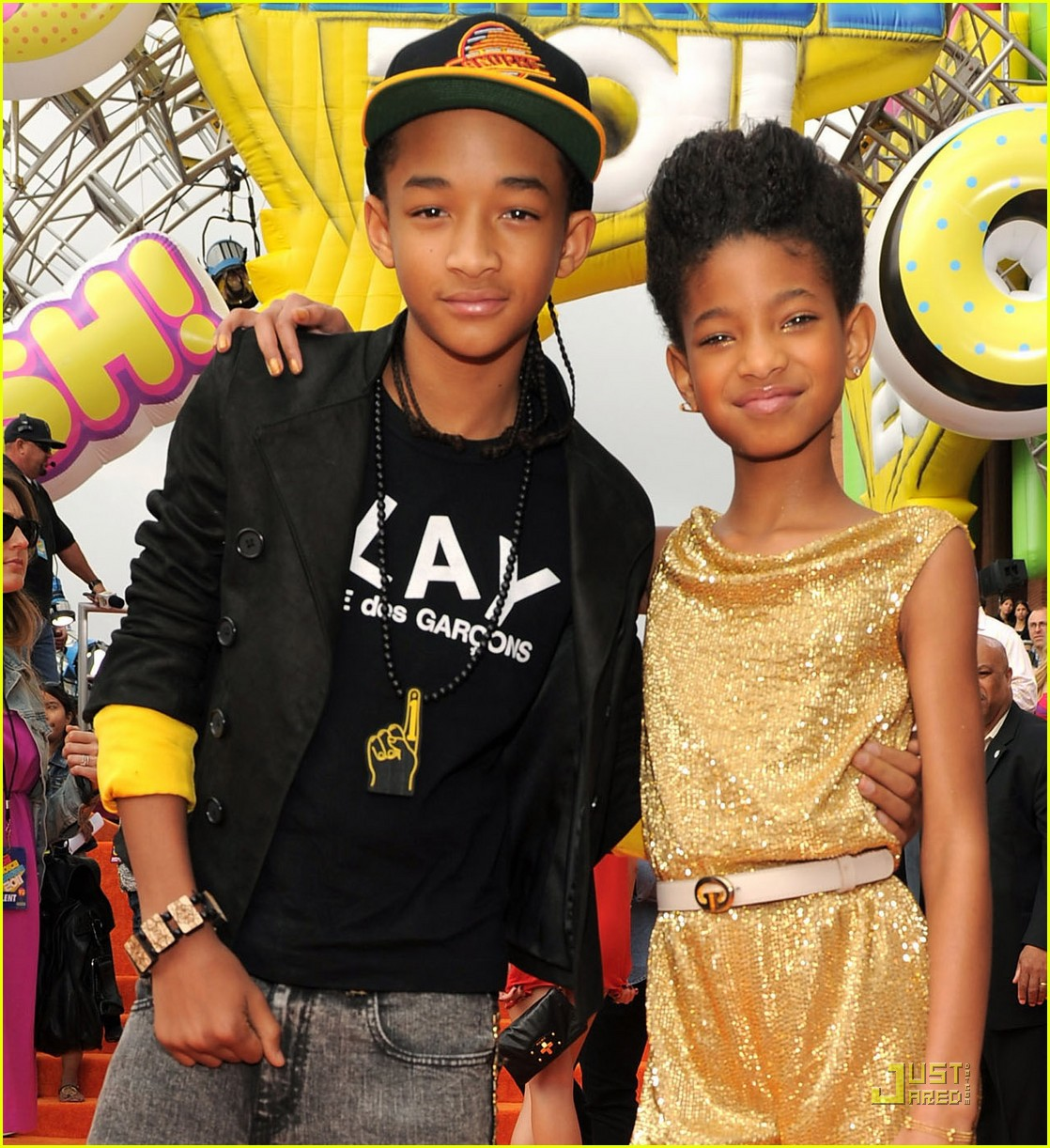 http://1.bp.blogspot.com/-OCYsroAaRFE/TZjx09y70QI/AAAAAAAAIGI/q7v6ugp0x0g/s1600/willow-jaden-smith-kids-choice-awards-2011-04.jpg
