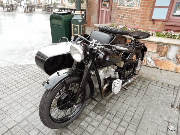 Inglourious Basterds 1939 BMW R71 motorbike