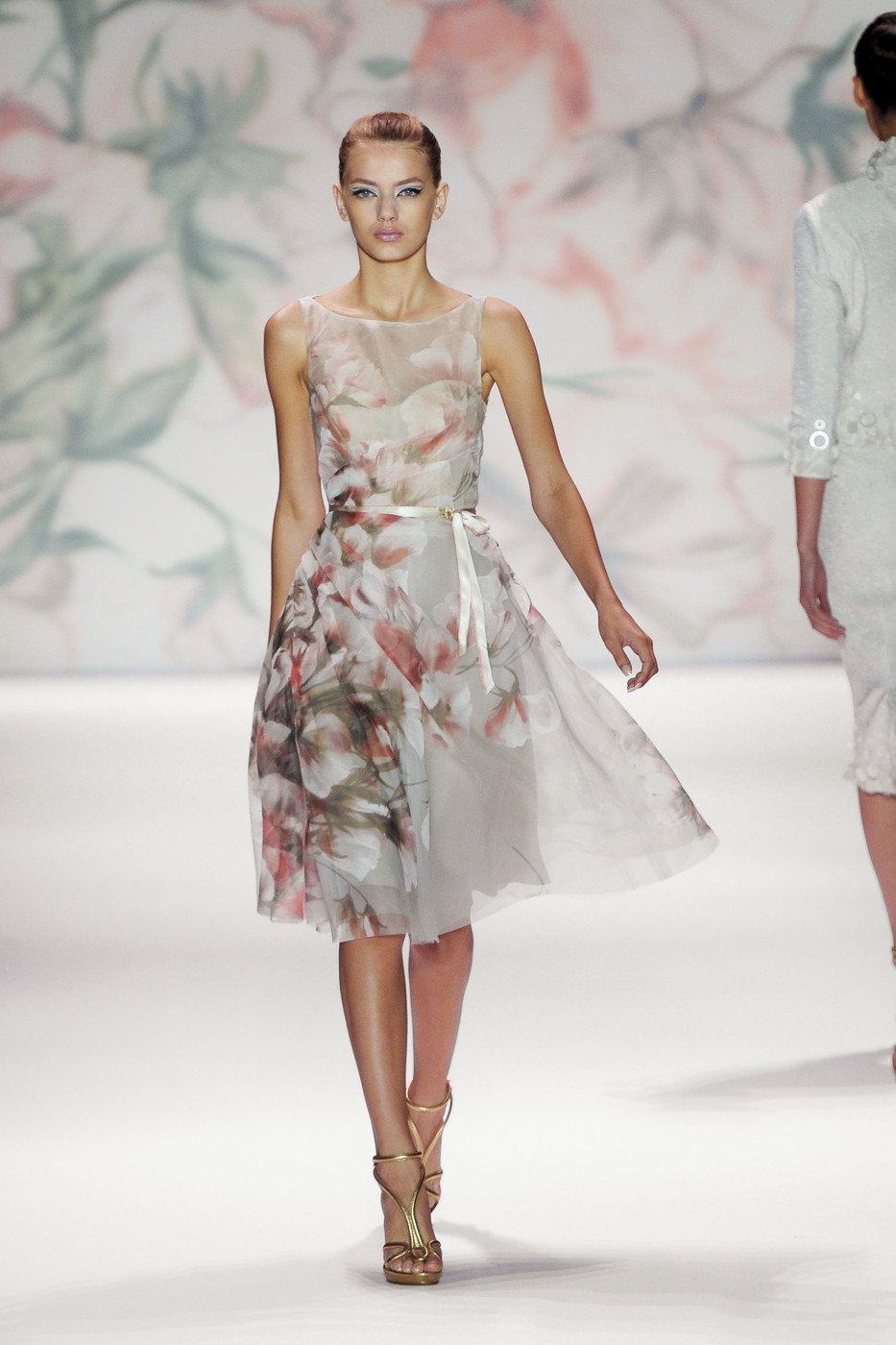 via fashioned by love | Monique Lhuillier Spring/Summer 2011 | floral trend