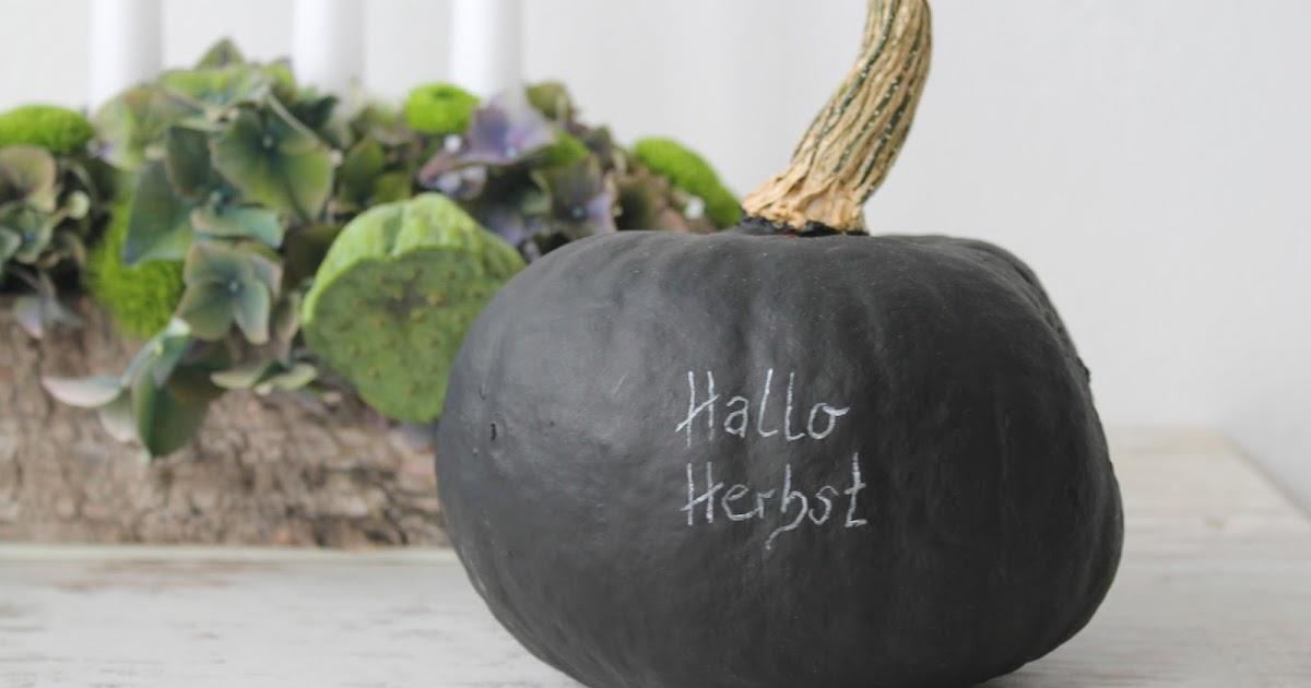 Kleines freudenhaus diy k rbis mit tafellack als herbstdeko for Herbstdeko kurbis