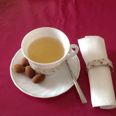DIY, easy & inexpensive napkin rings, washi tape, cardboard rolls