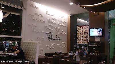 Maitre Chocolatier Ayala Center Cebu branch interior