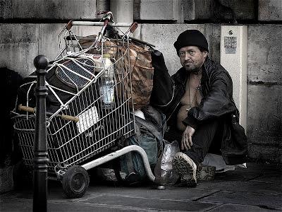 أفضل صور عام 2006، شخص مشرد في مدينة باريس