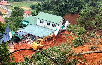 Tanah runtuh di asrama anak yatim Sungai Semungkis