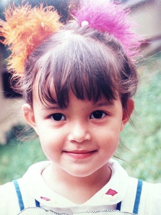 koleksi gambar artis masa kecil (yuna, julia ziegler, lisa, juliana