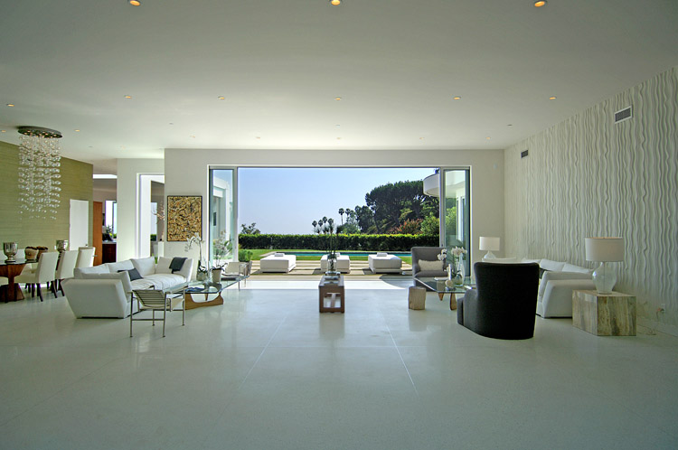 See This House: Setting The Stage For A House With A View ...
