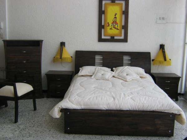 Camas deko muebles elegantes muebles bogota for Decoracion de alcobas modernas