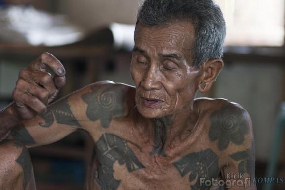 dayak tattoos Professional tattoo studio based in kuala lumpur, malaysia   contact us at +(6)03 - 2300 1151.