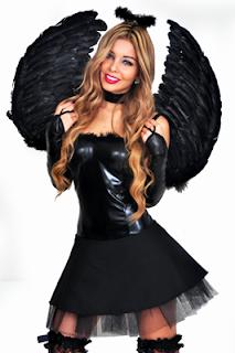 disfraz sexy de angel negro para la noche de halloween