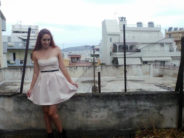 Redhead, lace dress, zara boots, zara, bershka, dress, the redhead,makeup, smokey eyes, rock, winter, 2013, 2014