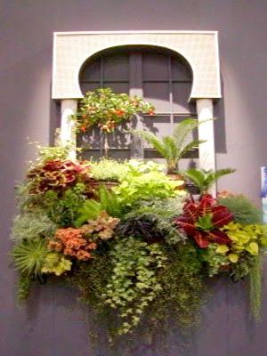 Sweet sweet home finestre e balconi fioriti decorazioni for Finestra con fiori disegno