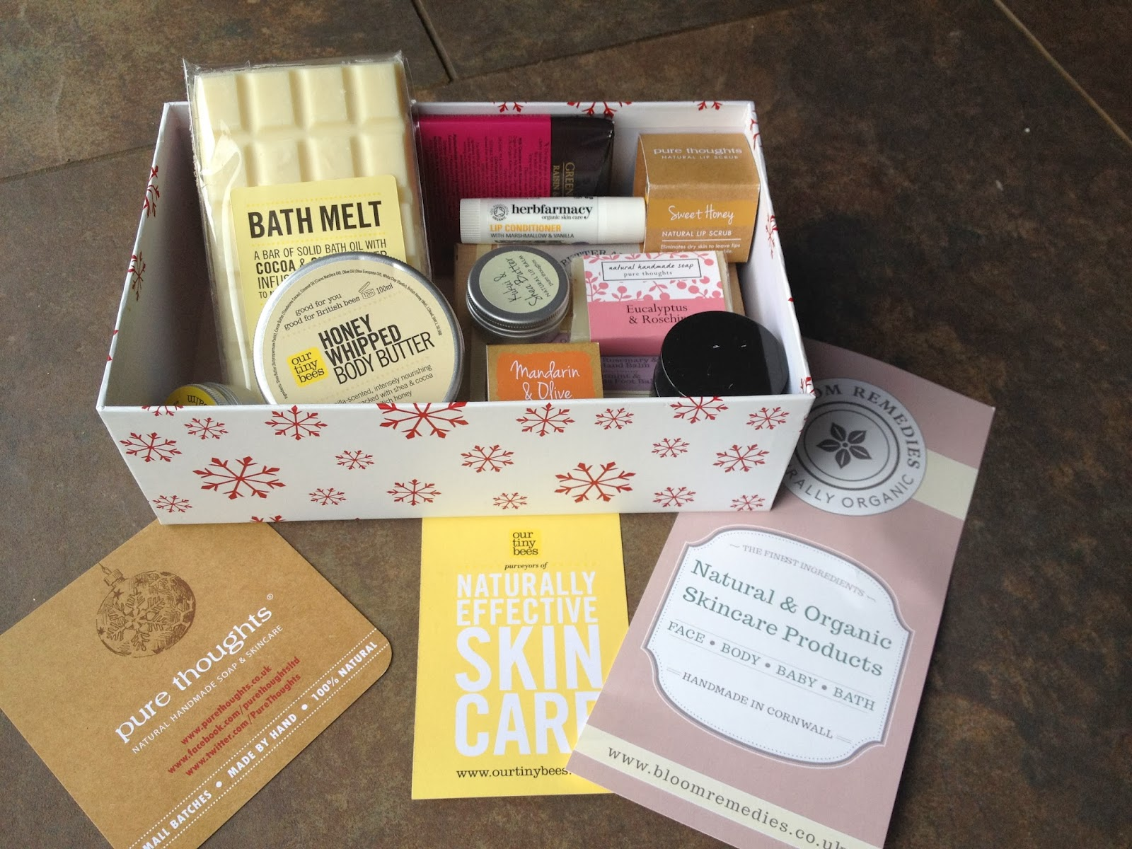 GREEN BLOGGERS CHRISTMAS BEAUTY SWAP!