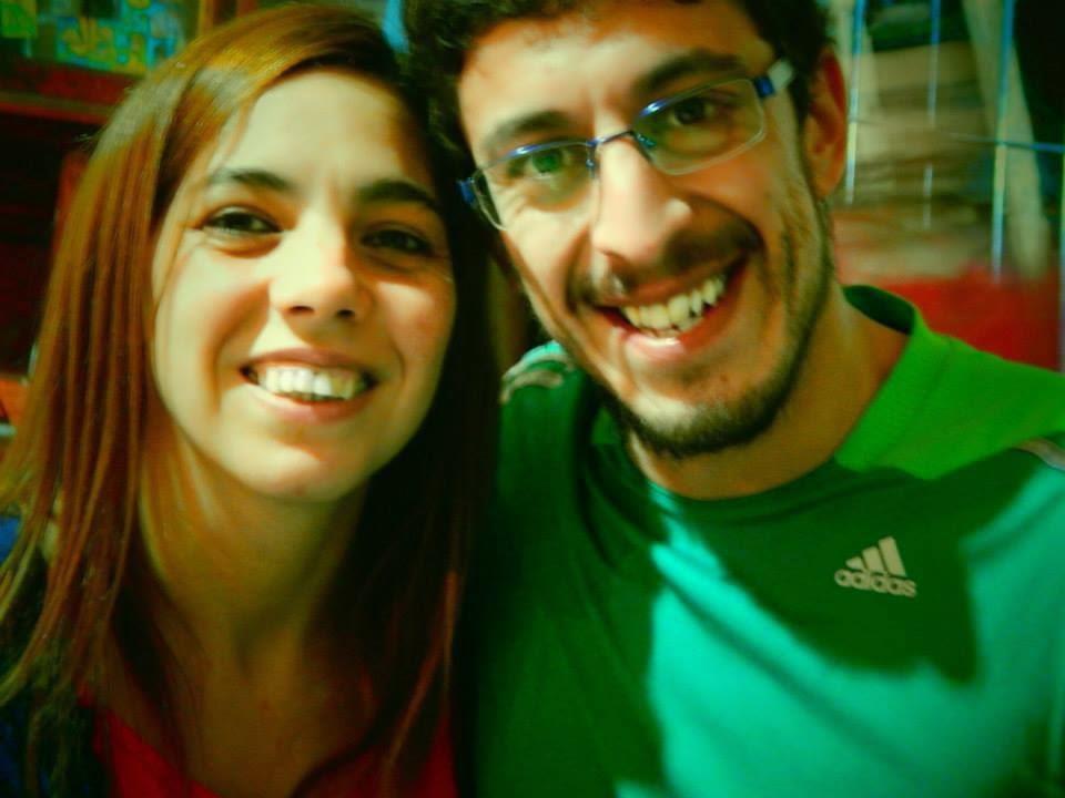 Video entrevista con la de palo: Silvina y Patricio de Uniendo al mundo en solidaridad