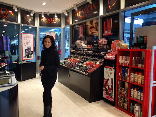 temporary store revlon napoli 04