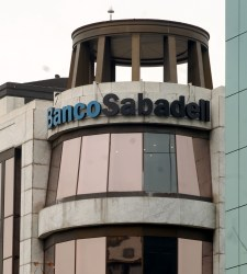 Ugt banco santander catalunya banco sabadell culmina la for Sabadell cam oficinas