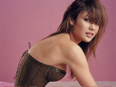 olga_kurylenko_hot_picture_sweetangelonly.com