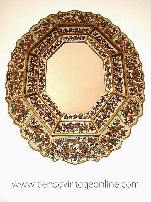 Espejos vintage originales. Espejo de pared antiguo con encanto y personalidad.