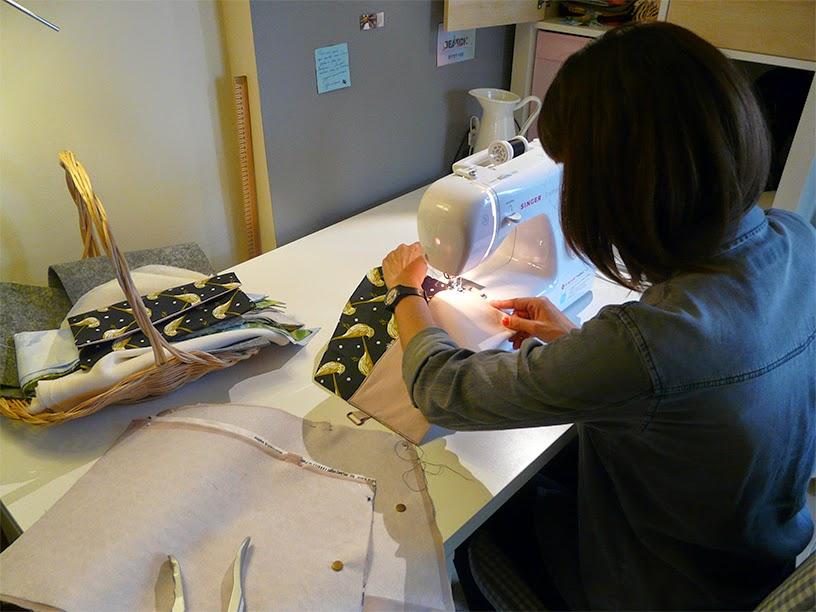 Camille dans son atelier