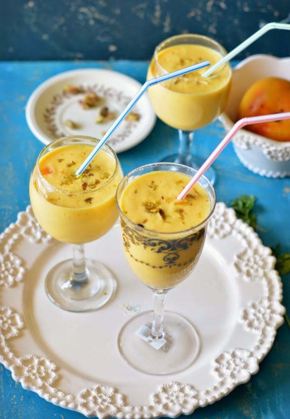 vegan mango lassi :: mango coconut smoothie :: tropical summer drink