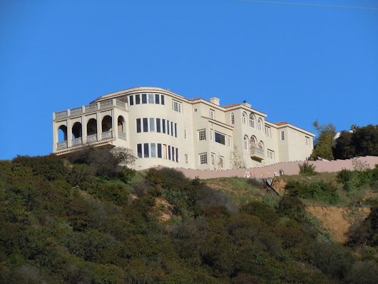 Abandoned Runyon Canyon mansion