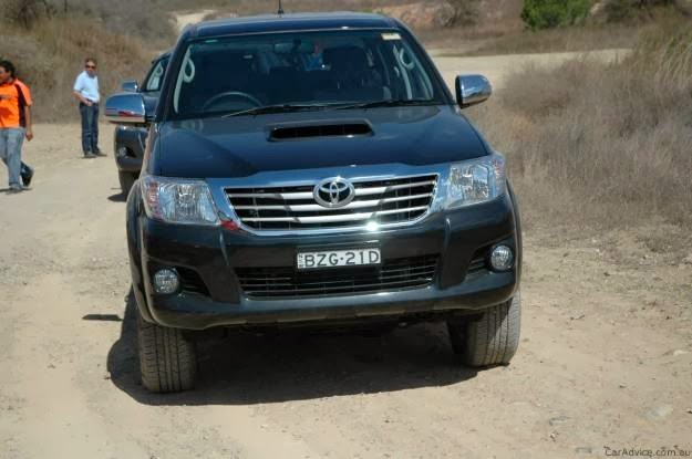 2013 Toyota Hilux Price at Philippines | Cars Innovation