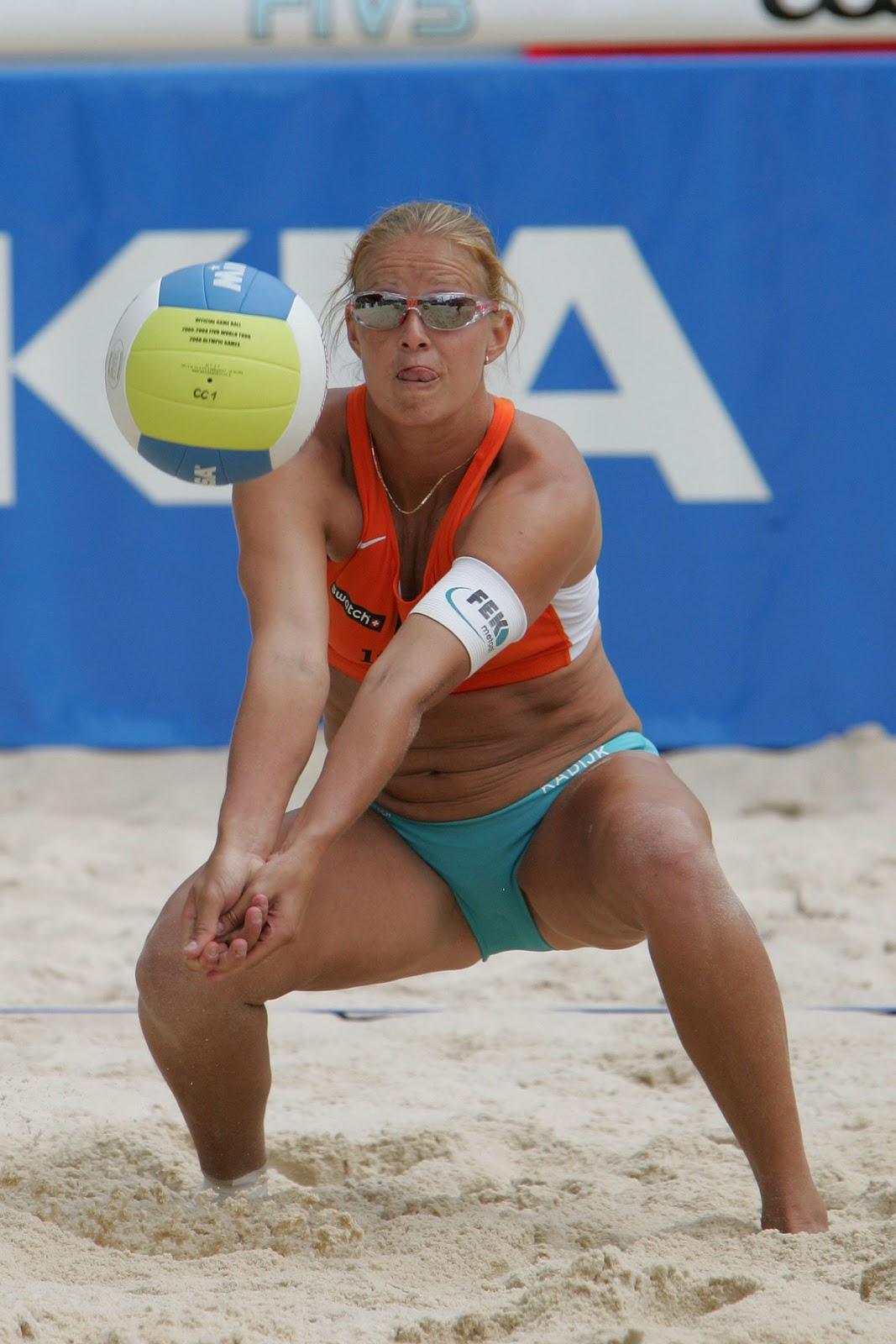 woman beach volleyball pussy